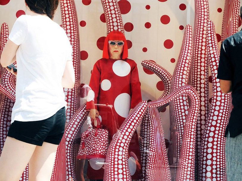 Wystawa sklepu Louis Vuitton na 5. Avenue w Nowym Jorku /East News