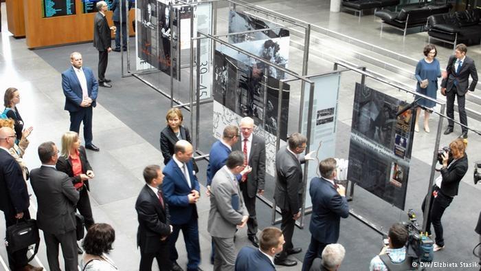 Wystawę otwarto w Bundestagu /Elżbieta Stasik /Deutsche Welle