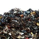 Wystrój mieszkania z odpadów