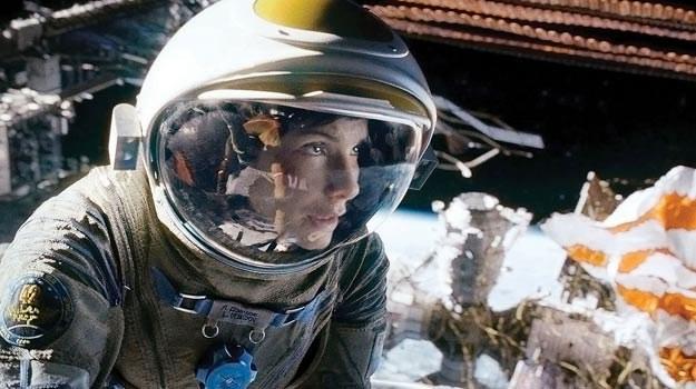 Wystrzelenie Sandry Bullock w kosmos kosztowało 100 mln dolarów a przyniosło już 4-krotny zysk. /materiały prasowe