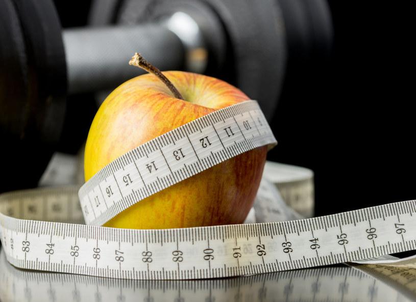 Wytrwaj na diecie przez rok! /123RF/PICSEL