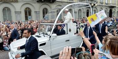 Wytyczne Watykanu: Otwarcie wobec rozwodników. Ostrożność ws. homoseksualistów