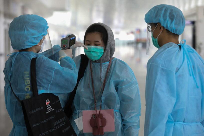 Wywołujący groźne zapalenie płuc koronawirus SARS-CoV-2 pojawił się w grudniu w mieście Wuhan w środkowych Chinach i do tej pory rozprzestrzenił się na ok. 80 krajów. /INFORMATION SERVICES DEPARTMENT HANDOUT /PAP/EPA