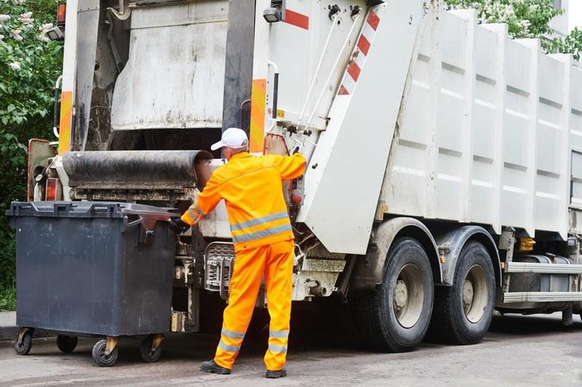 Wywóz śmieci poszedł w górę aż o 36,9 proc. /123RF/PICSEL