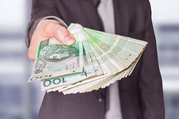 Wyższa kwota wolna od podatku pozwoli zaoszczędzić ponad 800 zł /©123RF/PICSEL