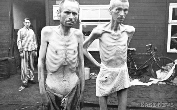 Wieźniowie obozu Auschwitz po wyzwoleniu