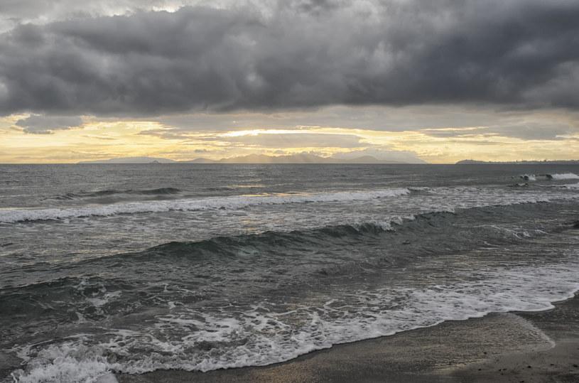 Wzburzone morze to największe bogactwo jodu /123RF/PICSEL