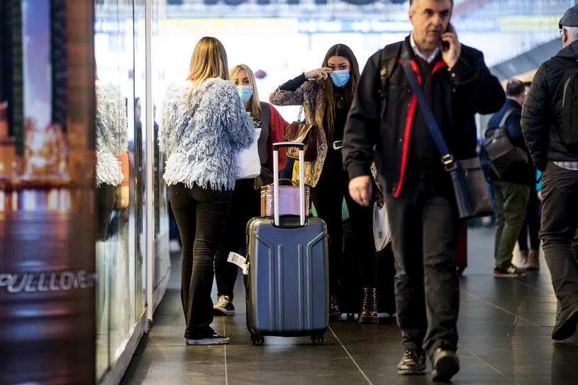 Wzmożony ruch na włoskich lotniskach /ANGELO CARCONI /PAP/EPA