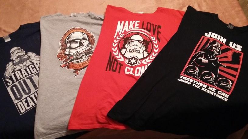 """Wzorów koszulek z elementami """"Star Wars"""" jest naprawde sporo /INTERIA.PL"""