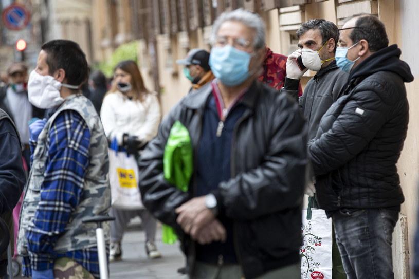 Wzrosła liczba ofiar śmiertelnych koronawirusa we Włoszech /MASSIMO PERCOSSI /PAP
