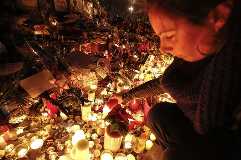 Wzrosła liczba ofiar śmiertelnych zamachów w Paryżu /PAP/EPA