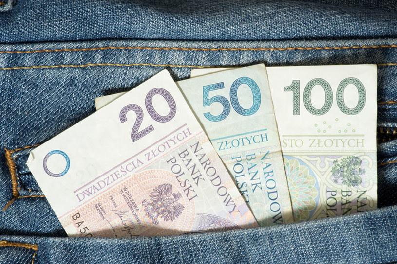 Wzrosła płaca minimalna /123RF/PICSEL