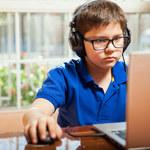 Wzrost liczby dzieci z krótkowzrocznością może mieć związek z pandemią