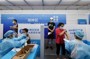 Wzrost zakażeń w Chinach. Władze twierdzą, że to przez samolot z Rosji
