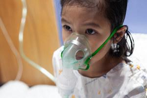 Wzrost zakażeń wirusem RSV w USA. Co charakteryzuje te infekcje?