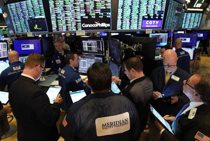 Wzrosty na Wall Street, indeksy w górę ciągnęły banki /AFP