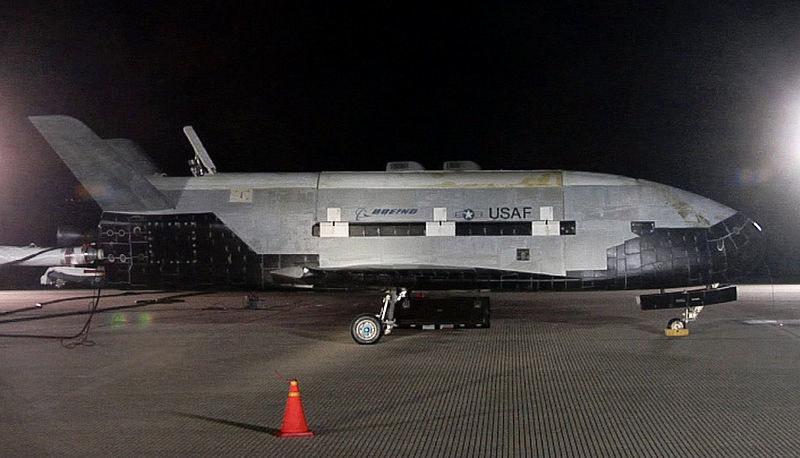 X-37B po powrocie z jednej z wcześniejszych misji /materiały prasowe