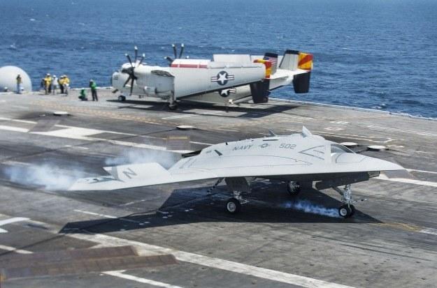 X-47B jest dronem półautonomicznym /AFP