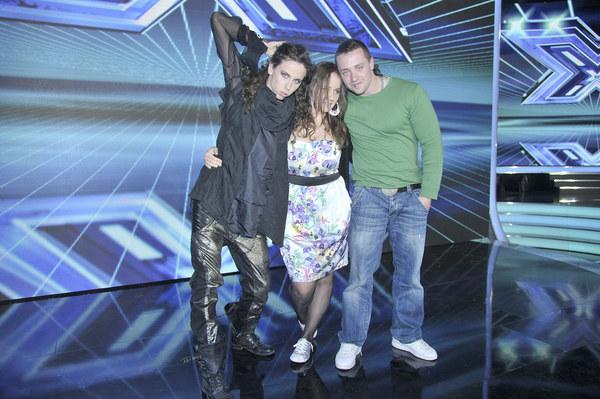 X Factor to muzyczne show, które szuka wokalnych talentów. Program powstał w 2004 roku w Wielkiej Brytanii. Biorą w nim udział piosenkarze pop, którzy są oceniani przez jury. Dotychczas jego członkami byli m.in.: Simon Cowell (założyciel i twórca formatu X Factor), Cheryl Cole, Sharon Osbourne, Geri Halliwell czy Katy Perry.
