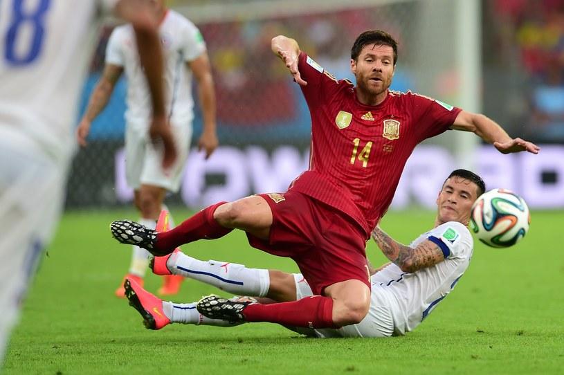 Xabi Alonso postanowił zakończyć reprezentacyjną karierę /AFP