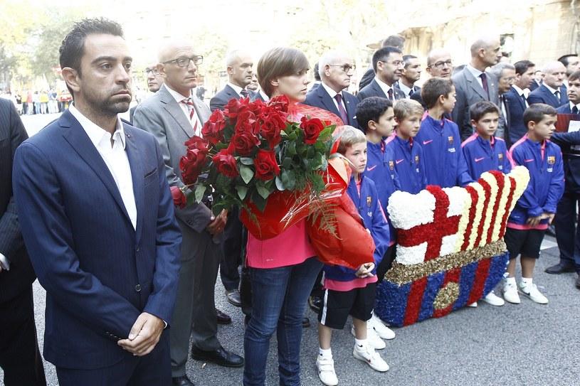 Xavi (z lewej) podczas obchodów Narodeowego Dnia Katalonii /AFP