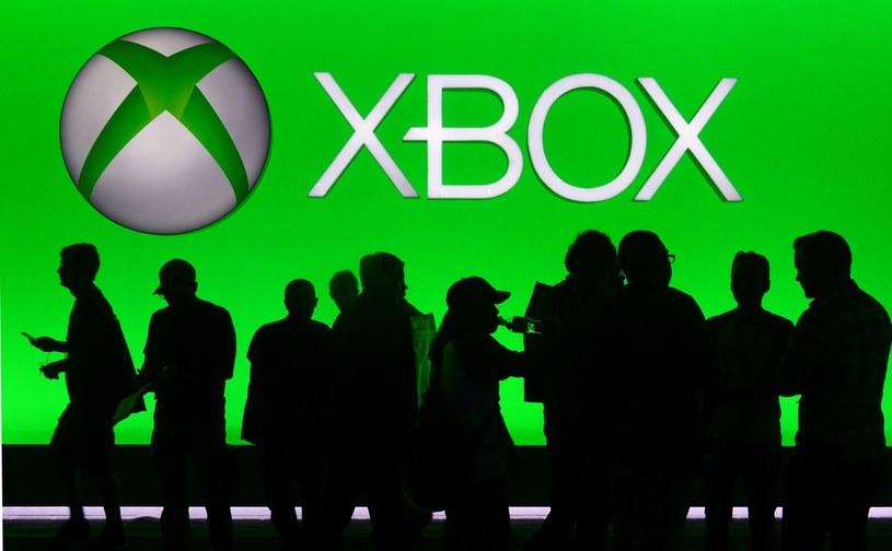 Xbox One twardo walczy na rynku o swoją pozycję /AFP
