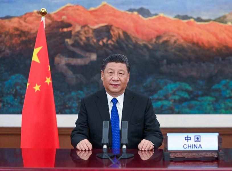 """""""Xi zainicjował nowe drakońskie ustawy, równocześnie usuwając z bezlitosną skutecznością tych, którzy w ubiegłych latach próbowali stosować kodeksy prawne, także te mające chronić obywateli przed omnipotencją państwa"""" /Li Xueren/Xinhua News /East News"""