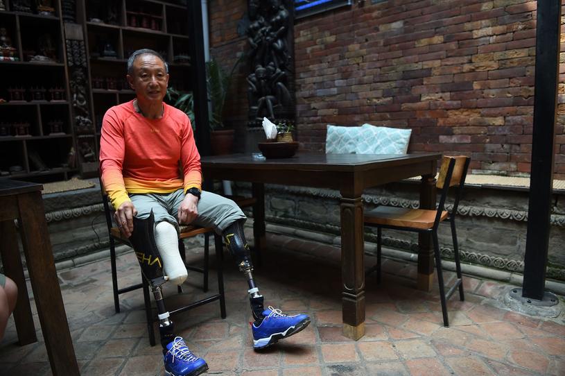 Xia Boyu - historyczny zdobywca Mount Everestu /AFP