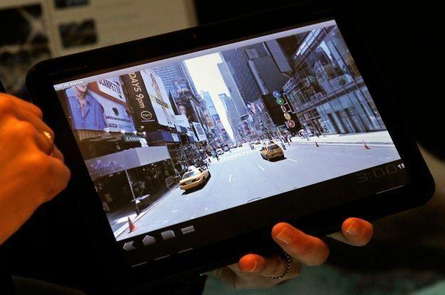 Xoom - tablet Motoroli. Android 3.0 może rzeczywiście sporo namieszać na rynku /AFP