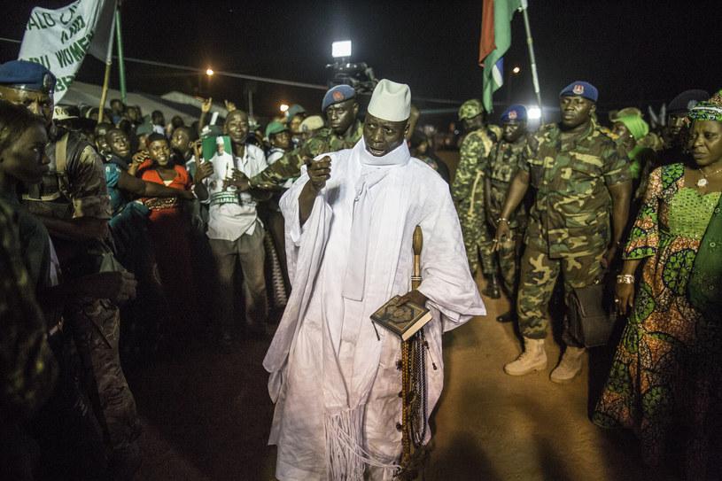 Yahya Jammeh (C) /AFP