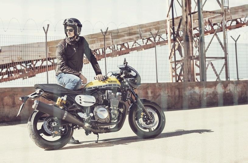 Yamaha XJR1300 Racer /