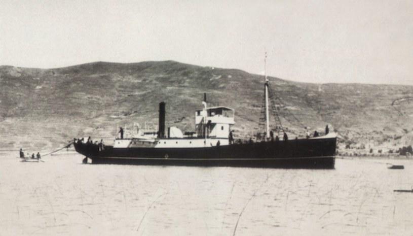 """""""Yavari"""" w pierwszej połowie XX wieku /Marina de Guerra del Perú /domena publiczna"""