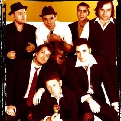 Yellow Umbrella /Oficjalna strona zespołu