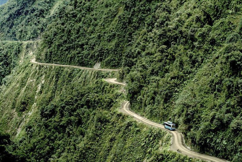 Yungas Road w Boliwii jest uważana za jedną z najbardziej niebezpiecznych dróg na naszej planecie /Boyny, Michael/Travel Collection /East News