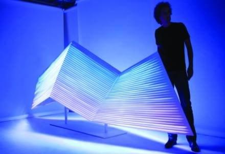 Yves Behar i jego LED-owe dzieło sztuki /materiały prasowe