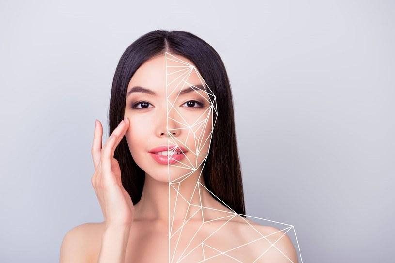 Z algorytmów AI korzysta dziś wiele branż, w tym również branża beauty /123RF/PICSEL