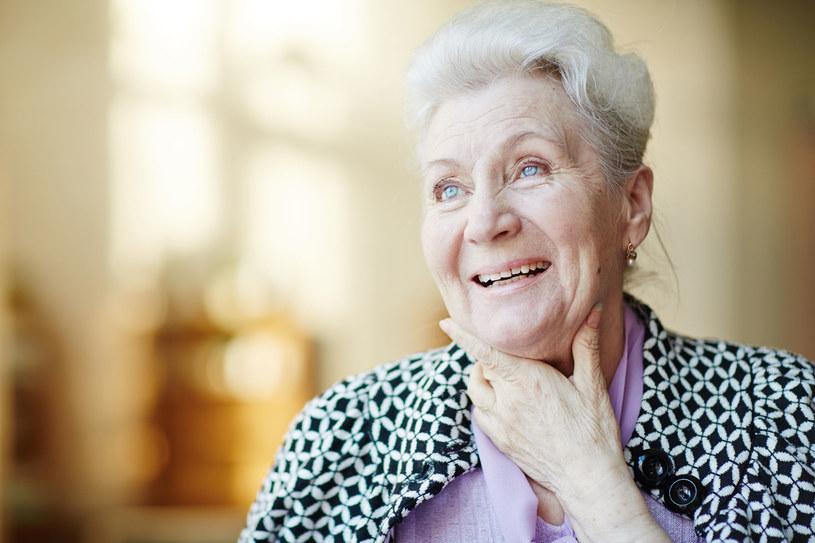 Z Alzheimerem można walczyć... odpowiednią dietą /123RF/PICSEL