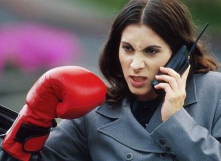 Z badań wynika, że kobiety agresywniej prowadzą negocjacje /ThetaXstock