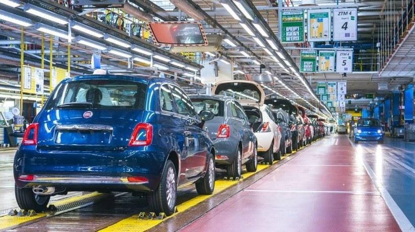 Z brakiem półprzewodników zmagają się fabryki samochodów na całym świecie /