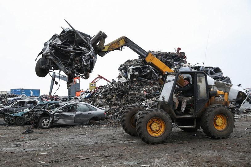 Z CEP zniknęło ponad  500 tys. samochodów. Zdecydowana większość trafiła na złom /Tomasz Kawka /East News