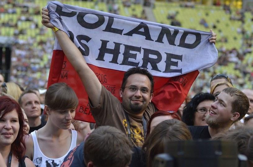Z czego najbardziej zadowoleni są Polacy? /Przemek Świderski /Reporter