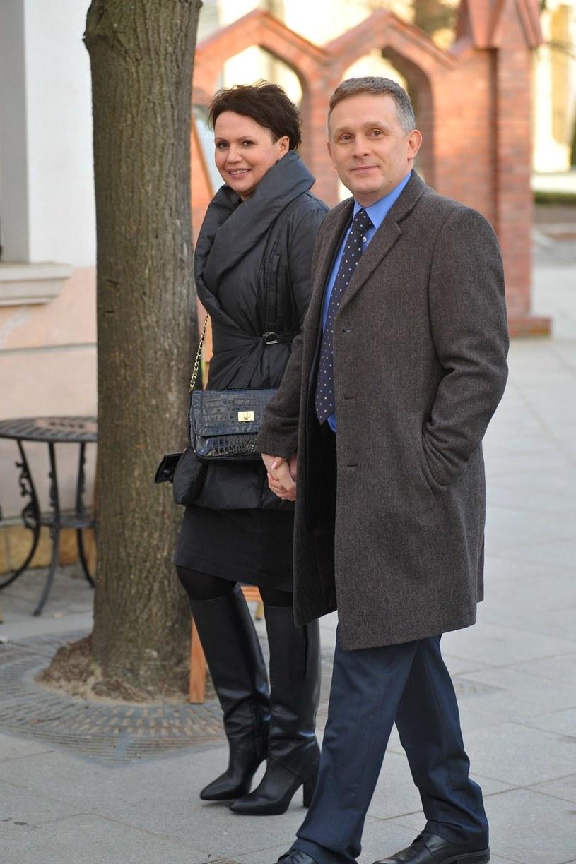 Z drugiej strony Rogowski zacznie planować z Marią zakup wspólnego mieszkania... /Agencja W. Impact