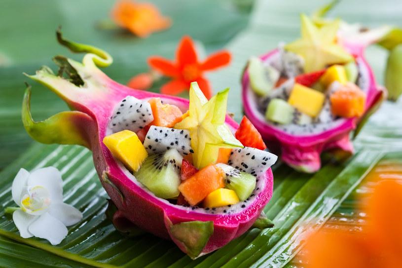 Z egzotycznych owoców przygotujesz zdrowe desery /123RF/PICSEL