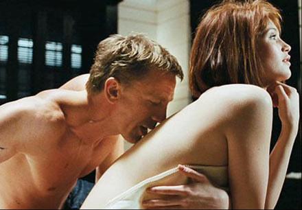 """Z Gemmą Arterton w '007 Quantum of Solace"""" /materiały dystrybutora"""