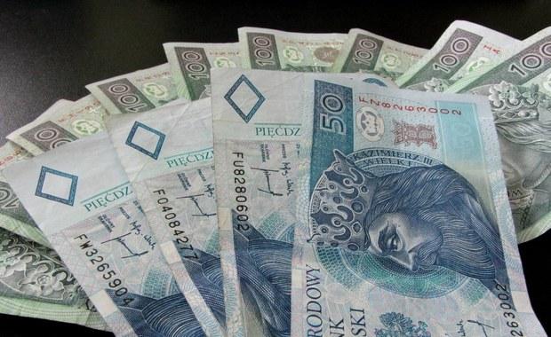 Z kantoru zniknęło pół miliona złotych. Pracownik wyszedł do toalety