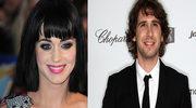 Z kim umawia się Katy Perry?