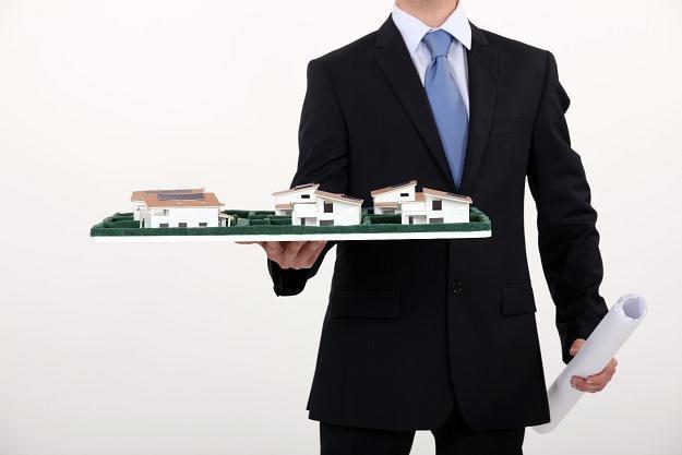 Z kolejnymi spadkami cen nieruchomości liczba promocji deweloperskich zyska na sile /©123RF/PICSEL