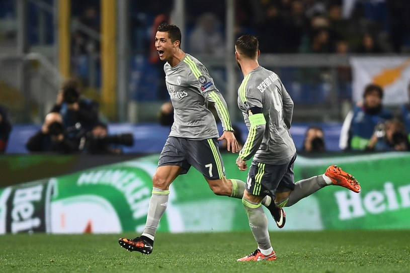 Z lewej Cristiano Ronaldo /AFP