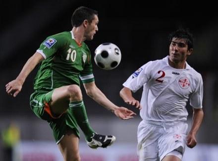 Z lewej Robbie Keane /AFP