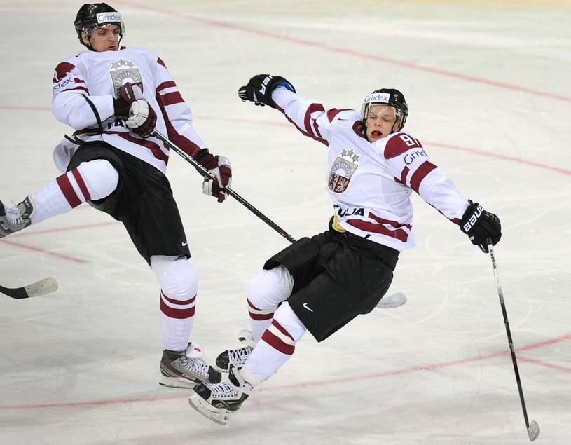 Z lewej Vitalijs Pavlovs /AFP